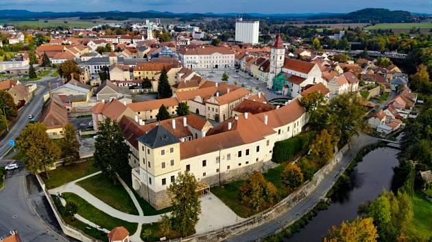 Podzimní fotografie Horažďovic.