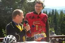 Michal Jančařík pokřtil svoje cyklotoulky Šumavou