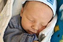 Jindřich Kaše z Janovic nad Úhlavou se narodil v klatovské porodnici 9. července ve 2:50 hodin (3050 g, 50 cm). Rodiče Zdeňka a Ondra se těšili na svého prvorozeného očekávaného syna, tatínek byl oporou u porodu.