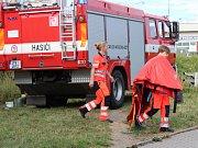 Střet vlaku a osobního auta v Klatovech.