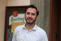 Pizzerie Piccolo v Klatovech a její majitel Tomáš Popper.