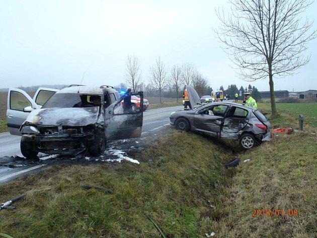 Dopravní nehoda předsedy klatovského soudu u Janovic nad Úhlavou.