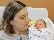 Tereza Ludvarová z Plánice (3100 g, 51 cm) poprvé zakřičela v klatovské porodnici 6. prosince v 7.20 hodin. Rodiče Irena a Jiří věděli, že jejich prvorozené miminko bude holčička. Na svět ji přivítali společně.