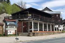 Budova bývalé kavárny Espresso.