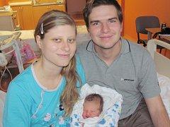 Eliška Mráčková z Klatov (3690 g, 55 cm) se narodila v klatovské porodnici 4. prosince v 16.36 hodin. Rodiče Alena a Jan si pohlaví svého prvního miminka nechali jako překvapení až na porodní sál, kde dcerku na svět přivítali společně.