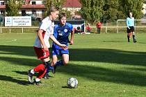 Klatovští dorostenci U19 (na snímku hráči v bílých dresech) podlehli favorizovanému Berounu 0:2.