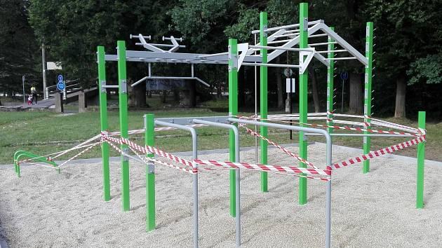Nové workoutové hřiště v Sušici.