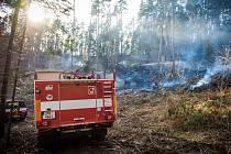 Požár mezi Podmokly a Čímicemi.
