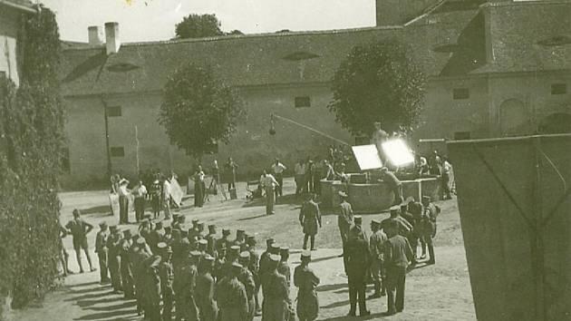 Fotografie z nátáčení filmu Velký případ