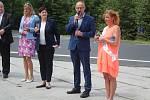 Otevření nové silnice z Dlouhé Vsi do Radešova.