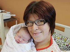 Ema Herianová zKlatov (3650 g, 52 cm) se narodila vklatovské porodnici 6. září ve 14.20 hodin. Rodiče Pavlína a Petr přivítali svoji dceru na svět společně, že to bude holčička věděli předem. Tatínek byl mamince na porodním sále velkou oporou.