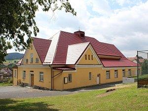 Sokolovna ve Strážově