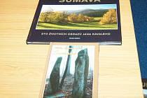 Křest knih Jana Kavaleho v klatovské knihovně