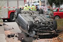 Řidič zavinil už čtyři nehody. Na snímku nehoda z října.
