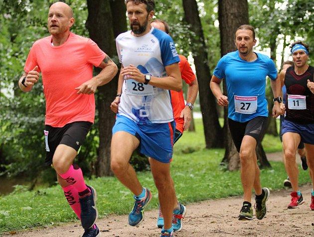 Petr Vaněček vyhrál půlmaraton vrekordním čase.