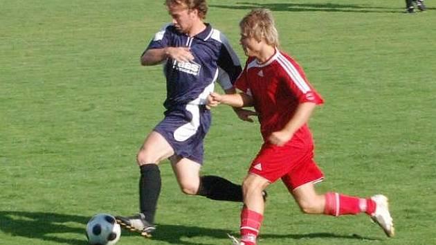 Fotbal Klatovy (červené dresy) - Chanovice 0:5