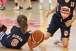 Team USA U12 dívky - BC Benešov (ve žlutém) U12 10:16 - fotogalerie z pátečního zápasu.