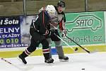 Šumavská liga amatérského hokeje: HC Vizi Auto (šedé dresy) - AHC Gladiators 1:0