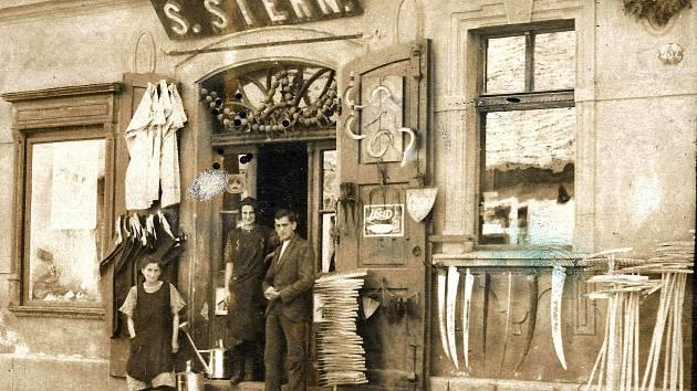 Obchod u Sternů v roce 1935. Foto: archiv
