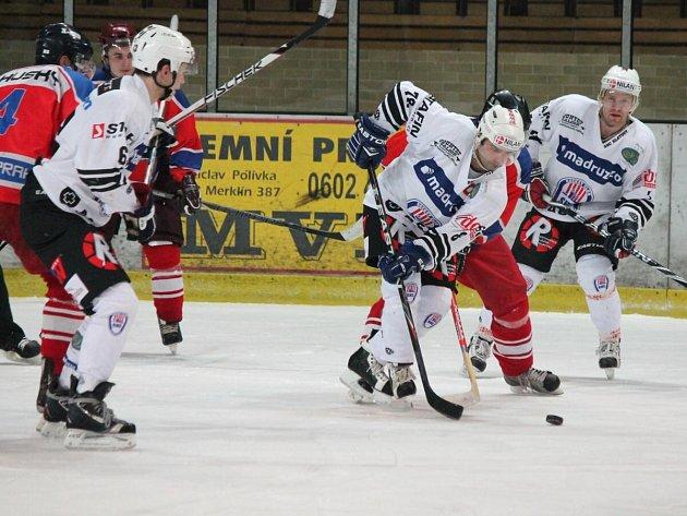 II. liga SHC Klatovy (b) - Kobra Praha 4:6.