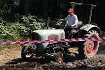 Bystřičtí o víkendu žili traktoriádou. Konal se již druhý ročník, přišlo se na ni podívat odhadem pět set až šest set lidí a soutěžilo 39 traktoristů