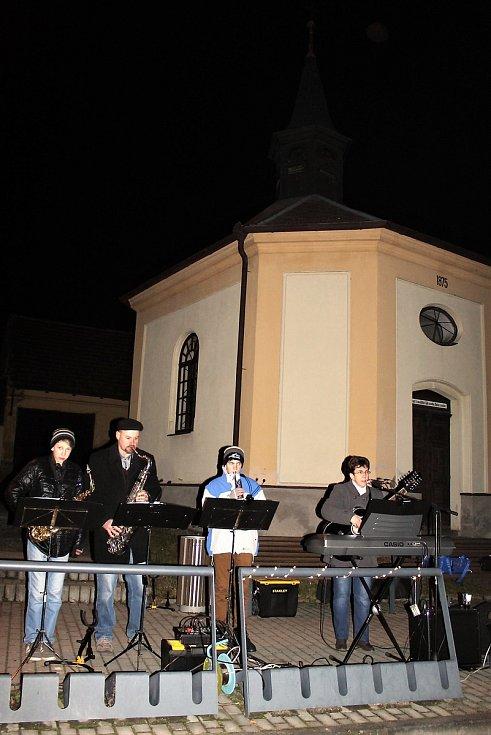 Zpěv koled ve Svrčovci na Klatovsku.