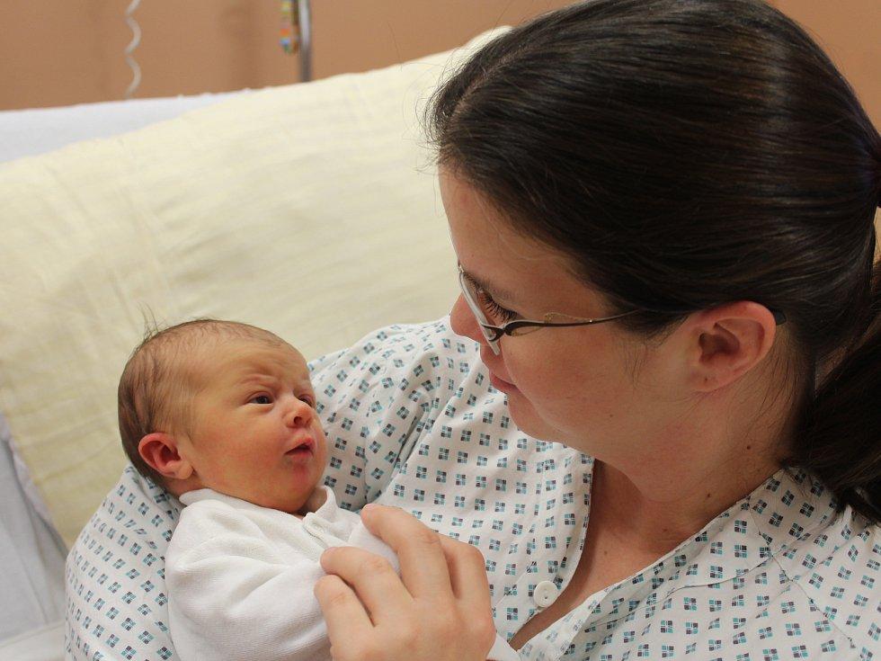 Karolína Rynešová ze Kdyně se narodila v klatovské porodnici 15. ledna ve 12.14 hodin (3430 g, 50 cm). Rodiče Drahomíra a Josef věděli, že jejich prvorozeným miminkem bude holčička.