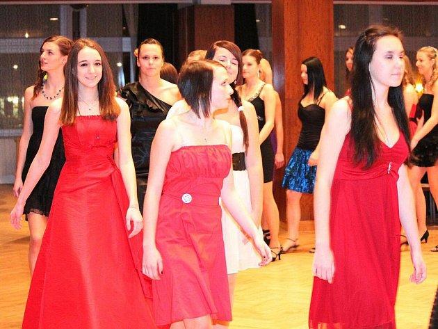 Zahájení tanečních v klatovském kulturním domě