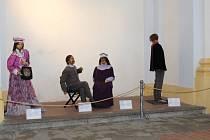 Výstava voskových figurín v Klatovech.