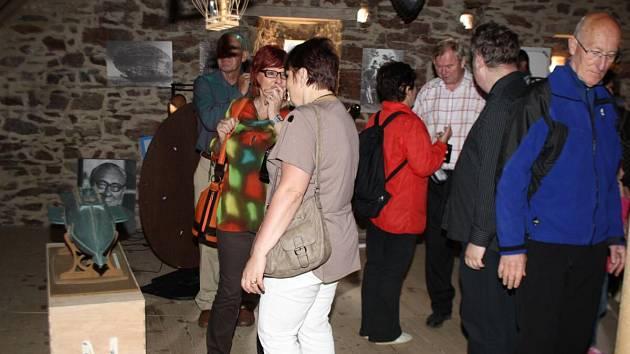 Otevření pivovaru na hradě ve Velharticích