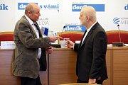Setkání se starostou Klatov Rudolfem Salvetrem (vlevo).