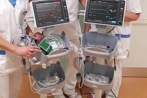 Dětské oddělení v Klatovech získalo nové monitory dechu.