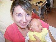 Petrásek Tobiáš z Kolovče (3220 g) se narodil v klatovské porodnici 7. listopadu v 8.31 hodin. Rodiče Petra a Jiří přivítali prvorozeného syna společně na svět. Maminka věděla, že čeká chlapečka, ale tatínek si nechal překvapení až na porodní sál.