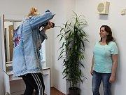 Nábor placeného komparzu do seriálu Policie Modrava, který se konal v Klatovech. Zájem byl velký.