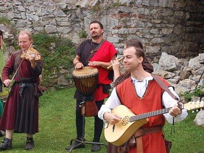 Středověká slavnost na hradě Rabí