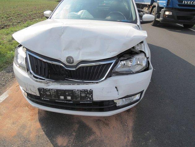 Nehoda u Hrádku.