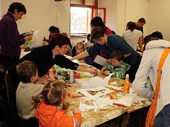 Tvořivá vánoční dílna v Klatovech 24. 11. 2012