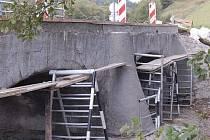 Tento most u  Puchverku se dočkal opravy loni.