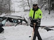 Srážka vlaku a osobního automobilu v Lubech.