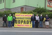 Podpis protestního dopisu pro ministra Karla Havlíčka ve Velkém Boru.