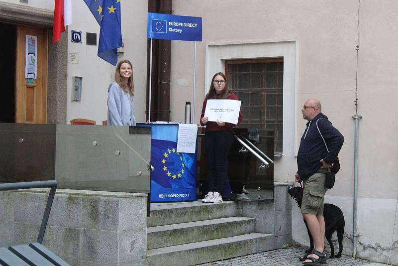 Děti si v rámci otevření kanceláře zasoutěžily během disciplín s evropskou tématikou.