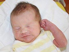 Kučera Matěj z Chlumčan (3220 g, 51 cm) se narodil v klatovské porodnici  23. června v 18.23 hodin rodičům Barboře a Pavlovi. Pohlaví  prvorozeného miminka si nechali jako překvapení.