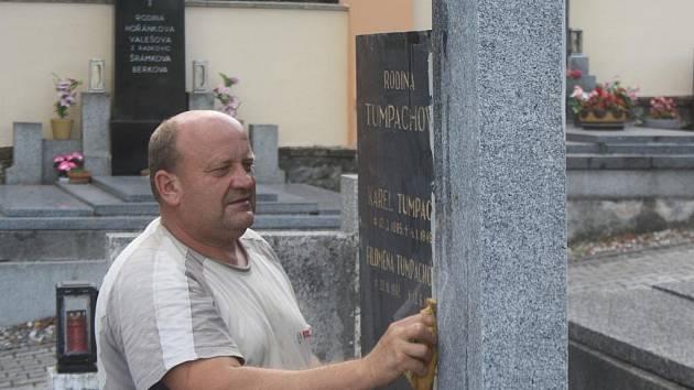 Kameník Josef Měsíček z Kamýku u Švihova.