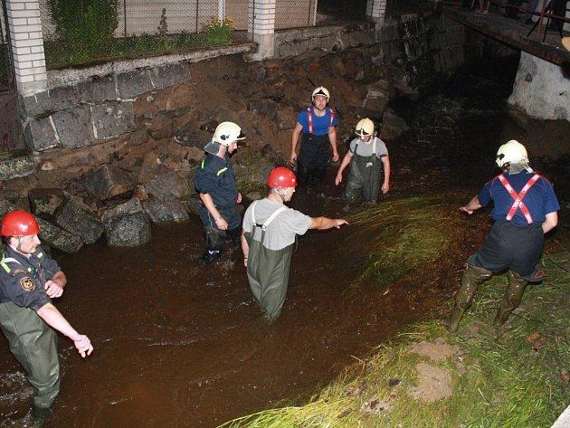 Následky přívalového deště v Kolinci