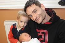 Vladislav Denk z Nýrska (3750 g, 50 cm) se narodil v klatovské porodnici 5. prosince ve 13.05 hodin. Rodiče Zuzana a Vladislav věděli, že se jim narodí druhý syn, na kterého se těší čtyřletý bráška.