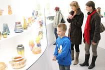 Vernisáž výstavy prací dětí klatovské ZUŠ v Pavilonu skla Klatovy