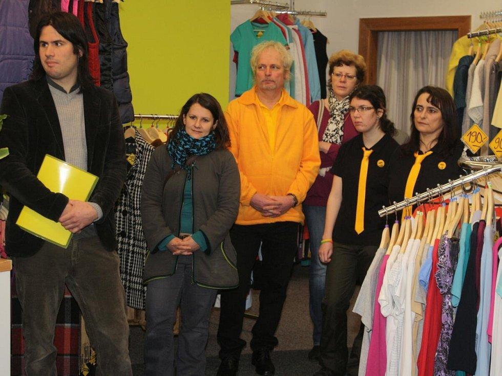 V Klatovech otevřeli obchod, kde zaměstnávají postižené