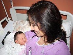 Sára Fridrichová ze Železné Rudy (3450 gramů, 50 cm) se narodila v klatovské porodnici 12. ledna ve 22.44 hodin. Rodiče Jana a Roman přivítali očekávanou dcerku na svět společně. Ze sestřičky má radost i Vaneska (3).