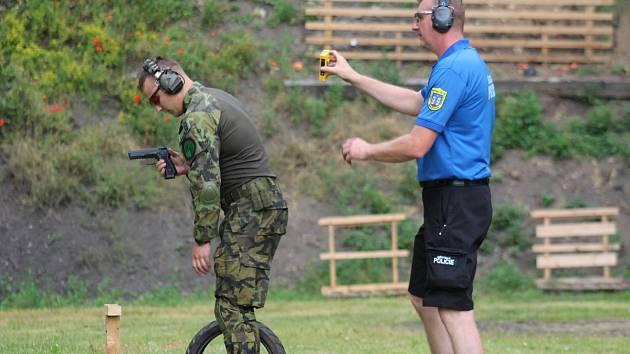 V minulých dnech se uskutečnil další, již čtvrtý ročník střelecké soutěže strážníků, policistů a vojáků pod záštitou města Horažďovice.