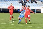 STARŠÍ DOROST divizních Klatov (na archivním snímku hráči v červených dresech) vyhrál v Plzni na Sportovce 5:0.